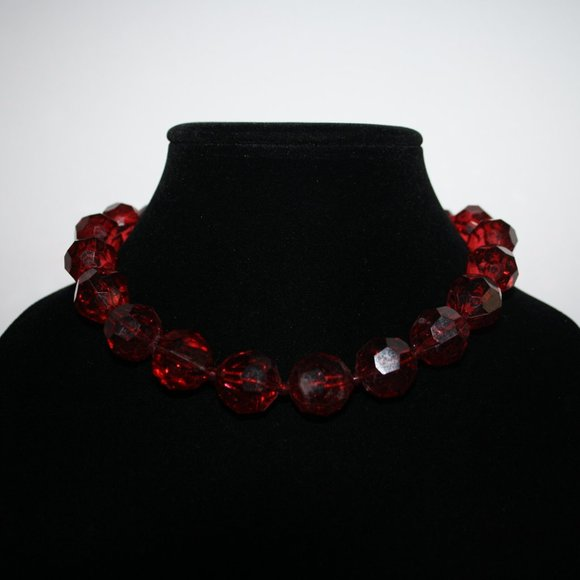 """Chunky red beaded necklace 16"""""""